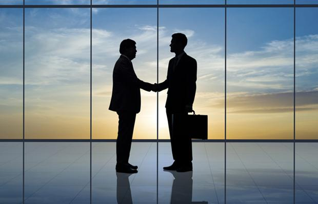 2072047_business-handshake-general-hire-appointment-700x450