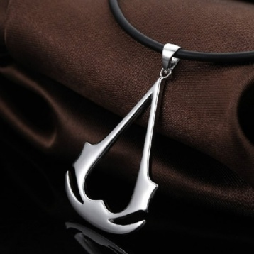 l-assassins-creed-ezio-necklace-pendant-60