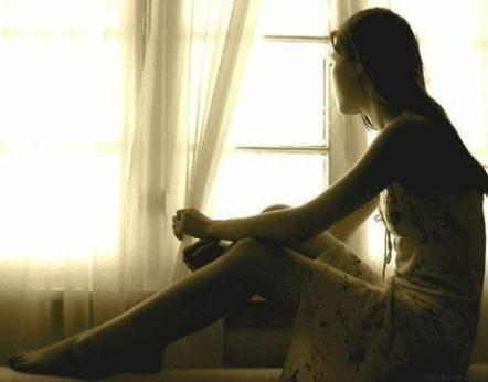 girl_missing_sitting_thinking_awesome_color_d4_480_480_0_64000_0_1_0