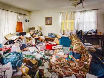 ht_hoarder_home_06_jef_150415_4x3_992